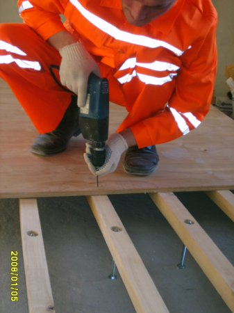 Регулируемые полы новой конструкции, качественная основа для ламината